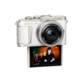 Olympus E-PL9 Pancake Zoom Kit wht/slv (E-PL9 white + EZ-M1442EZ silver - incl. Charger & Battery)